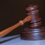 W wielu losach ludność żądają pomocy prawnika